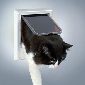 Дверка для кошек с магнитным замком Trixie 3869 для дверей до 35 мм