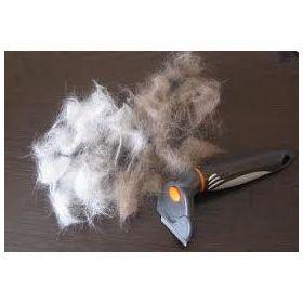 Фурминатор средний для кошек и собак Trixie 24173